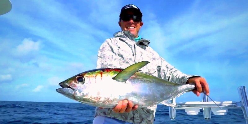 Kite fishing for WAHOO, TUNA and SAILFISH with Capt. Pat Price of Daymaker Charters Blackfin Rods